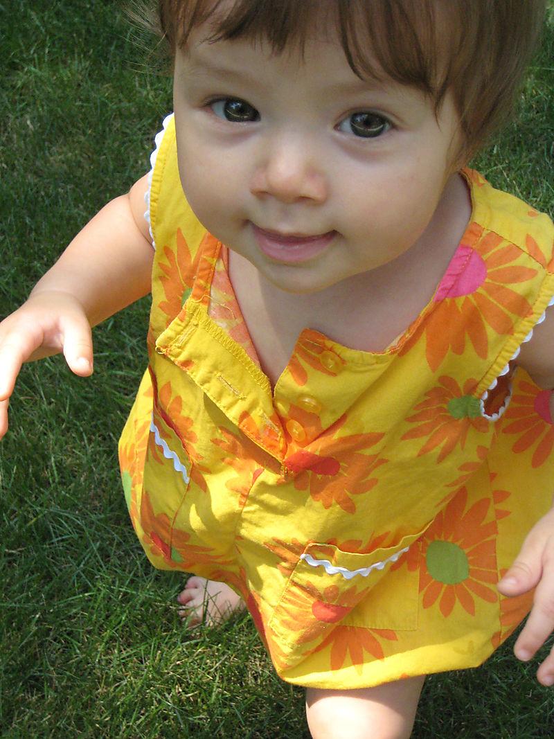 Ellie in grass 1